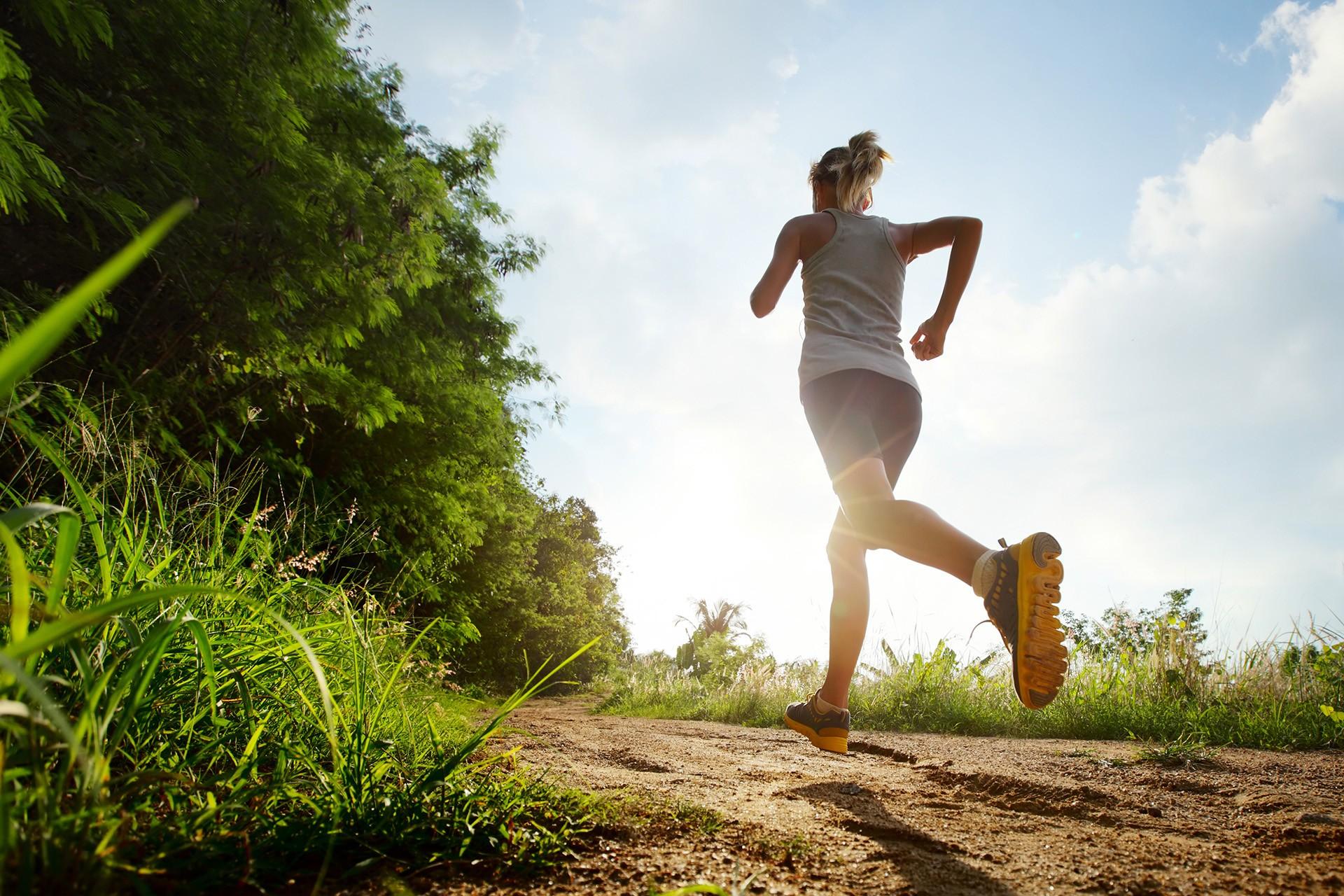 Warm weer, met deze 7 tips hoef je geen training over te slaan